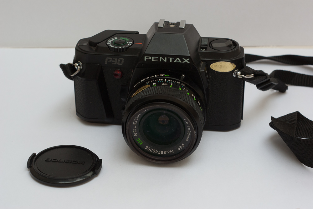 Pentax P30 camera review
